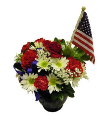 National Spirit from Ladybug's Flowers & Gifts, local florist in Tulsa